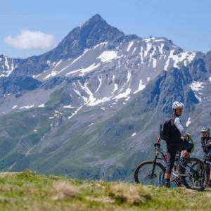 zahranicni-MTB-zajezd-svycarsko-davos-1.jpg -  (zahranicni-mtb-zajezd-svycarsko-davos-1thumb300.jpg)